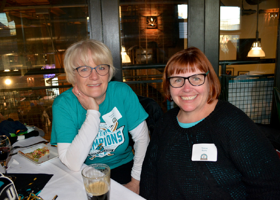 Maureen Jordan, Teresa Burns enjoying the CCU alumni gathering in Seattle.