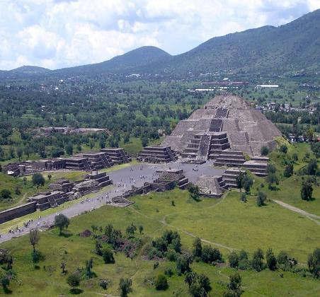 A photo of Teotihuacan